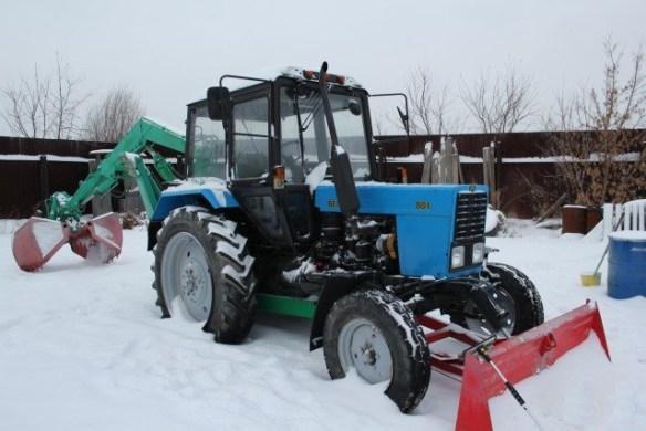 tractor-80-excavator